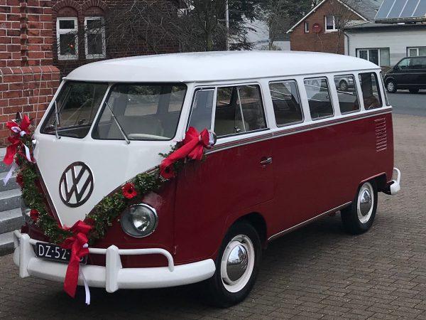 Rode T1 spijlbus huren als trouwvervoer op uw bruiloft