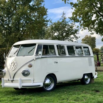 Volkswagen busje wit zestiger jaren