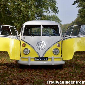 deuren op van de gele VW bus