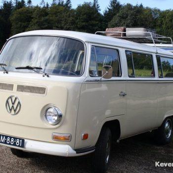 beige kleur Volkswagen T2a keverbusje