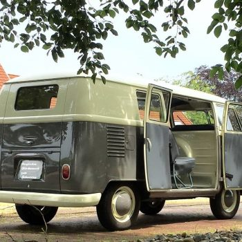 Grijs Volkswagen busje huren