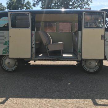 vintage Volkswagen surfbus huren